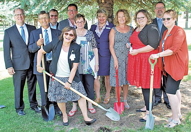 Killam-Campus-of-Care-Shovels-and-dignitaries